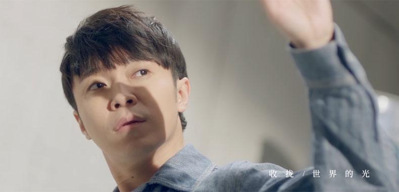 吴青峰最佳隐喻创作新歌不忘追逐那个梦《蜂鸟》MV正式公开