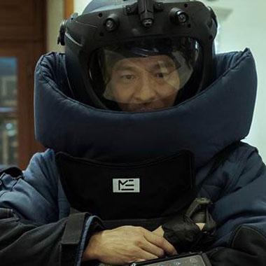 《拆弹专家2》12月24日回归