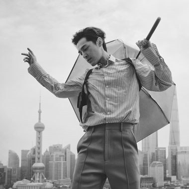 《时尚先生》八月刊胡歌封面大片
