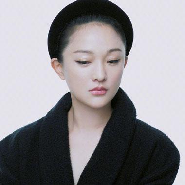 周迅《时尚芭莎》6月刊封面