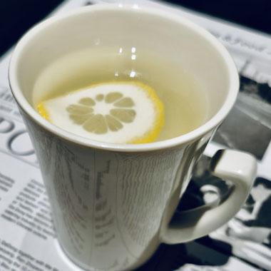 柠檬水应该是喝热的还是凉的?