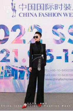 罗拉密码主题秀《高·欲》亮相AW21中国国际时装周