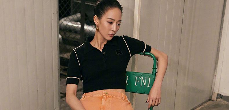 张钧甯解锁潮酷街头风 视觉冲击彰显时尚个性