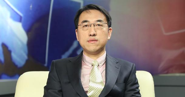 首都经济贸易大学教授李云鹏