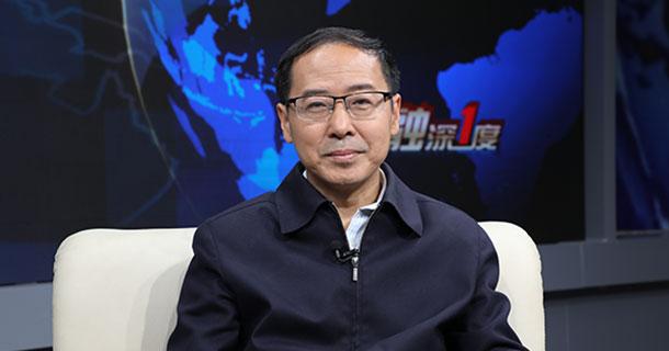 北京大学经济学院金融系教授吕随启