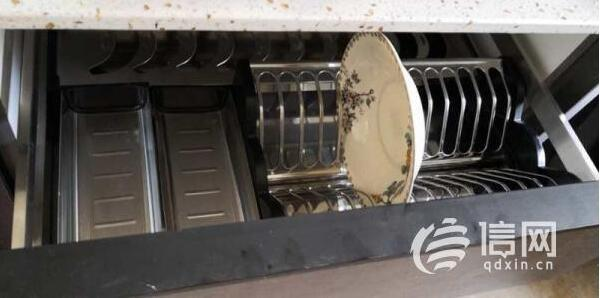 青岛居然之家定制的雅嘉橱柜 碗篮尺寸太小竟放不下盘子