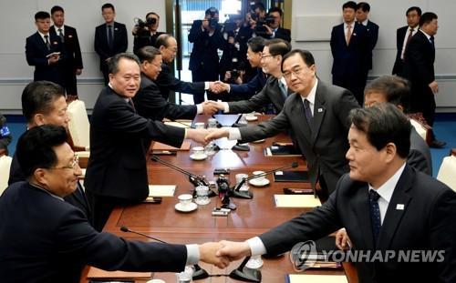 韩朝决定尽早举行将军级会谈,根据双方军事领域协议,讨论结束非