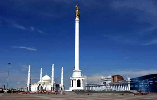 哈萨克斯坦首都阿斯塔纳街景-哈萨克斯坦总统大选进入肃静日图片