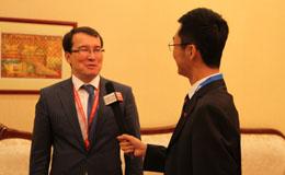 哈萨克斯坦共和国经济发展与贸易部副部长季穆尔-扎克撒雷科夫接受穆非采访.jpg