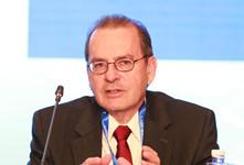 经济合作与发展组织(OECD)发展中心全球发展研究部主任,经合组织卡尔-达尔曼_副本220.jpg