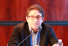 阿根廷促进公平与增长公共政策实施中心(CIPPEC)执行主任费尔南多-斯特法斯_副本220.jpg