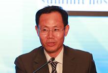 中国人民大学财政金融学院院长助理兼货币金融系主任张成思主持人_副本220.jpg