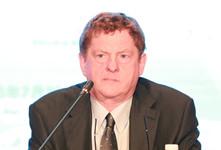 加拿大多伦多大学 G20研究项目联席主任、人大重阳外籍高级研究员 约翰-科顿_副本220.jpg