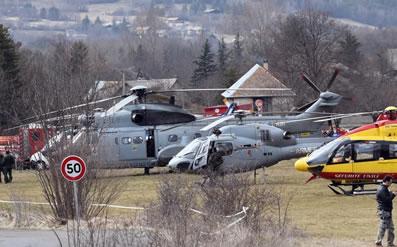 法国飞机失事救援.jpg
