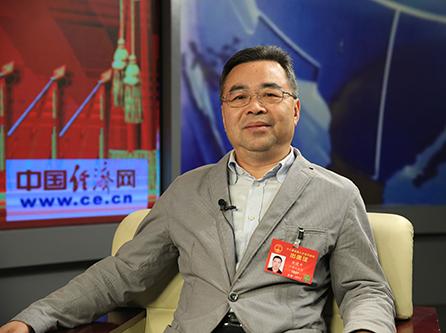 全国人大代表、广东马可波罗陶瓷有限公司董事长黄建平1.jpg