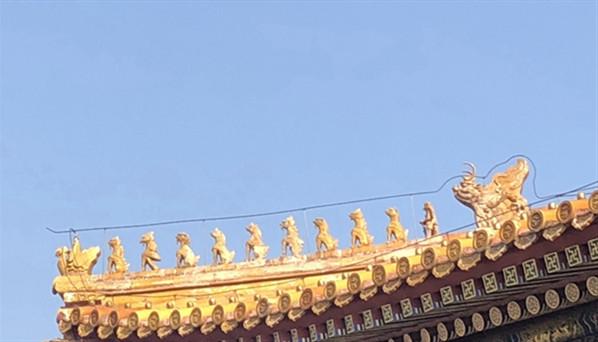 SC1811011北京故宫博物院太和殿上10只小兽郝爽街景建筑_副本.jpg