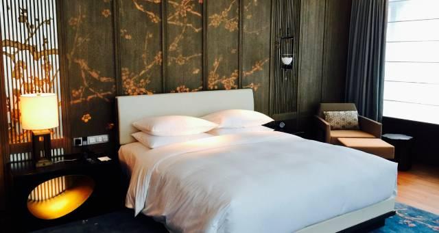 杭州柏悅酒店 、床 、睡眠 經濟日報-中國經濟網記者 付云鵬 攝影 (2).jpg