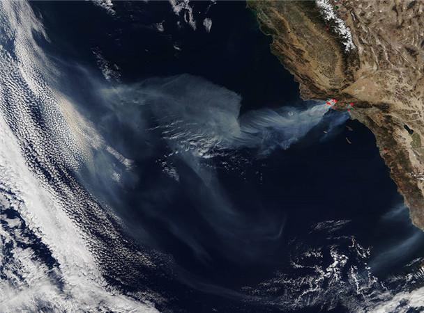 california.a2017340.1910.1km_副本.jpg