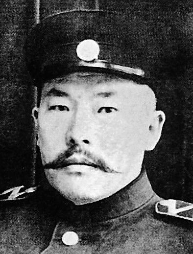 伊斯哈克伯克・穆努诺夫:英烈功业世代传颂