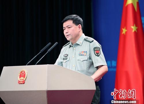 国防部:国庆阅兵是国之大典 将精心组织严密实施