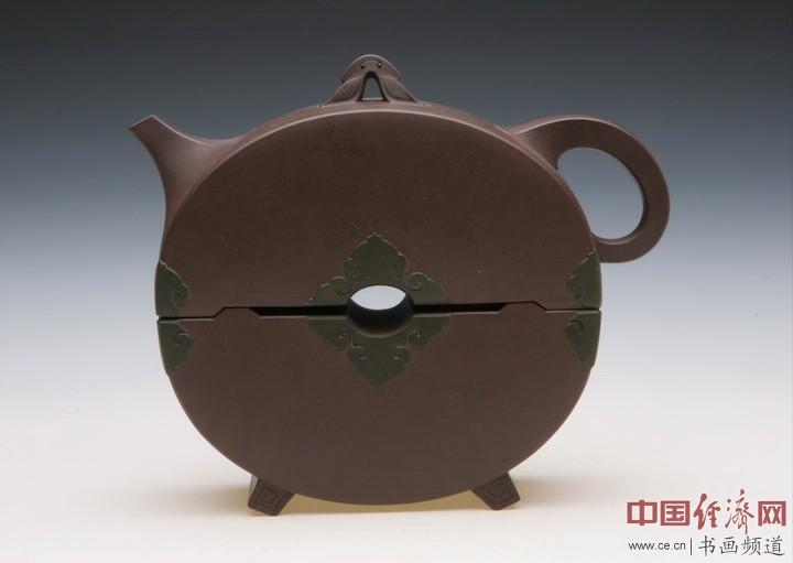 朱丹紫砂壶