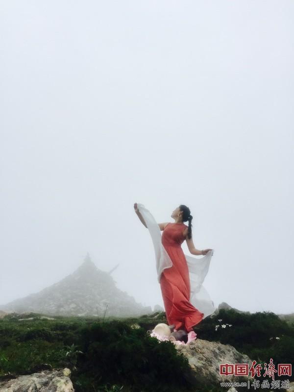 何�F熹(Anika He)360度艺术生活 360° artistic life