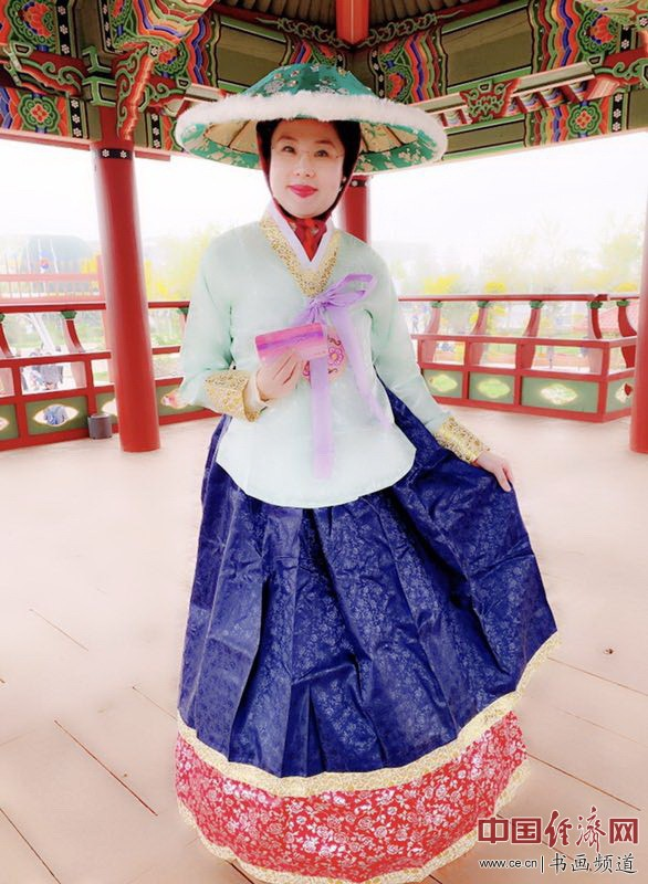 艺术家何�F熹(Anika He)在2019中国北京世界园艺博览会EXPO韩国馆