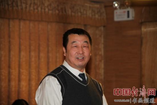 刘艺书法艺术研究会秘书长吴功久 李玉生摄