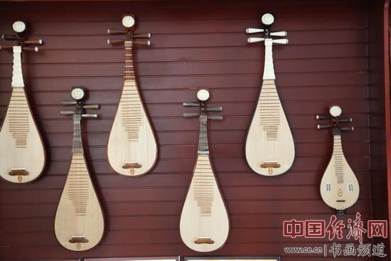 省兰考县生产的民族乐器-中石赐名今乐府 兰考古琴遇知音 图