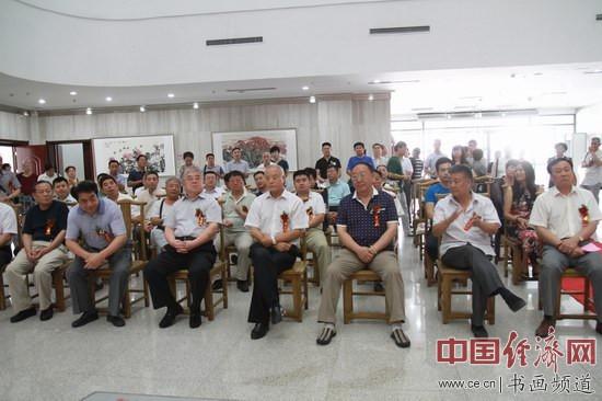 岱风儒韵――杜中良、李玉凤国画展现场