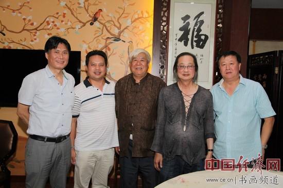 国画大师刘国伟、国画大家马满昌、姜云宗、李宝志与凤城汤厨董事长梁建忠