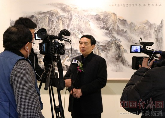 军旅艺术家李项鸿接受采访
