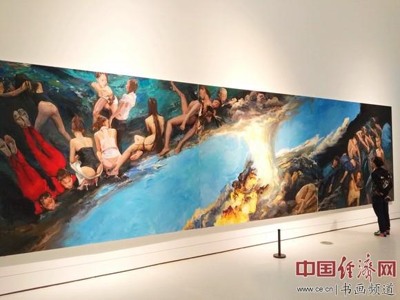 现场展出的喻红作品 中国经济网记者李冬阳摄