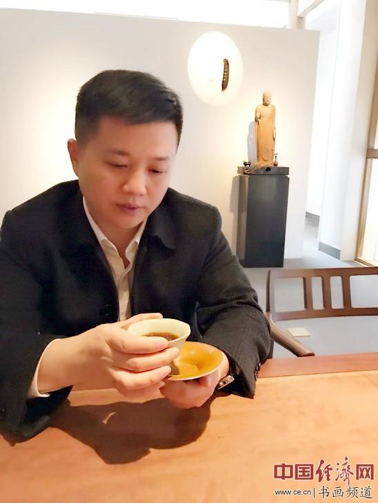 诗人书画家冯磊