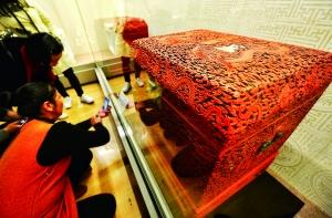 故宫数家底:藏品1862690件 三年清理增长近6万件