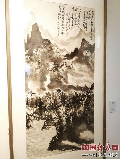 现场展出的窦金庸国画作品 中国经济网记者李冬阳摄