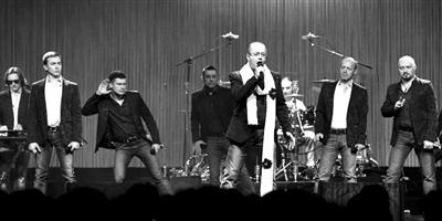 罗斯男子汉唱响北京国际音乐节高清图片