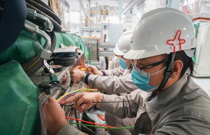 仪征化纤首条熔喷布生产线投产 可供日产百万只医用口罩